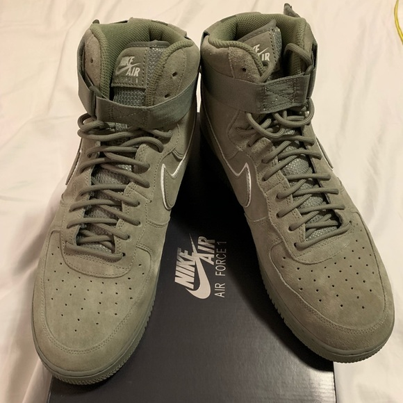 04373fcf122 Air Force 1 High '07 LV8 Suede
